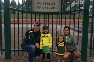 UofO-family-picture-RS